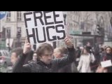 INPES FREE HUGS