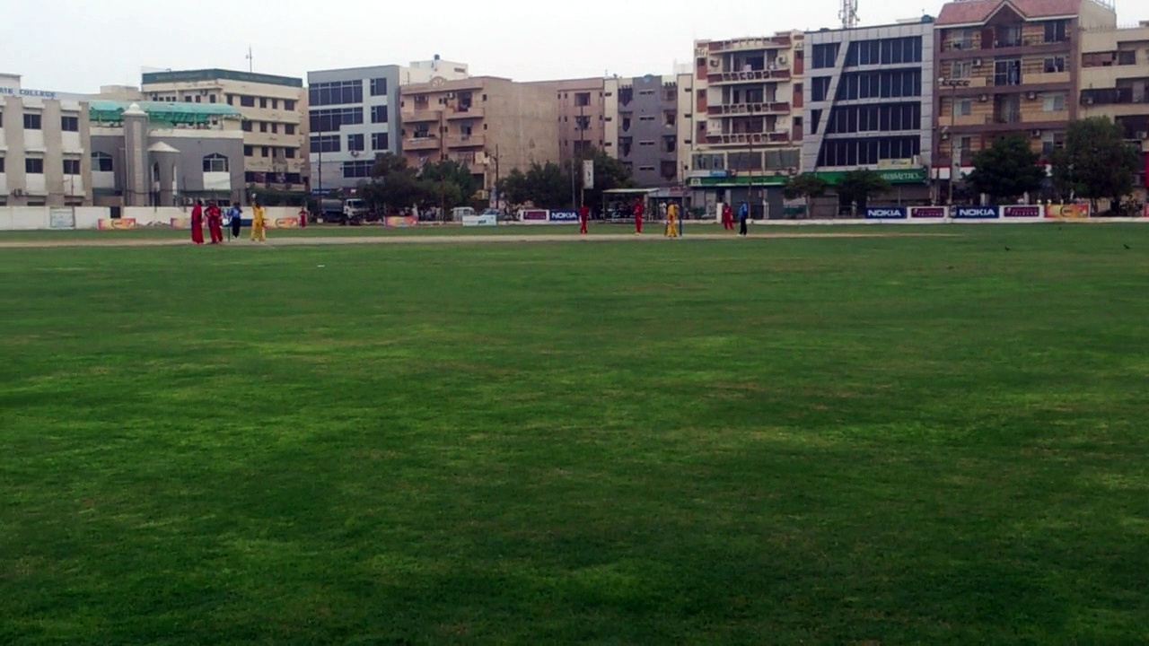 08 OF 11 TAPAL REQUIRES 51 RUNS OFF 36 BALLS *** 25-07-2014 CRICKET COMMENTARY BY : PROF. NADEEM HAIDER BUKHARI  SONY ASSOCIATES CRICKET CLUB KARACHI vs TAPAL CRICKET CLUB KARACHI  QUARTER FINAL  *** 3rd VITAL 5 CLUB CRICKET RAMZAN CRICKET FESTIVAL  (15)