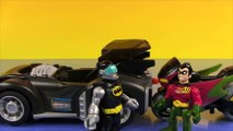 Imaginext Robin in: Robin's Motorcycle Race, with Catwoman, Batman, and The Batmobile!