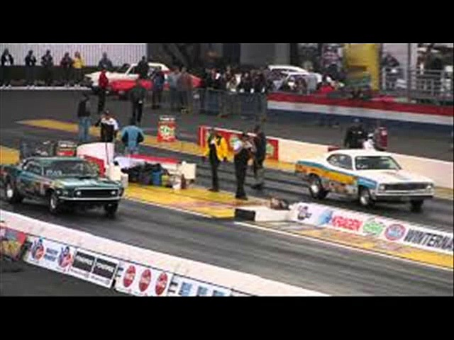 live Auto Club Raceway at Pomona racing