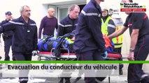 VIDEO : Un véhicule prend feu et explose à Avanton