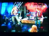 Estoy en la banda Bleed El Guitarrista Español Latino Duelo De Guitarras Tripp VS Bleedd
