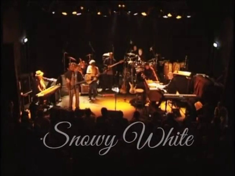 Snowy White Midnight Blues Srpski Prevod