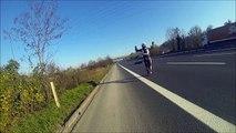 Toujours respecter les distances de sécurité ! Un motard qui colle trop !!