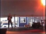 Chris Drummond sings Sweet Caroline at Elvis Week