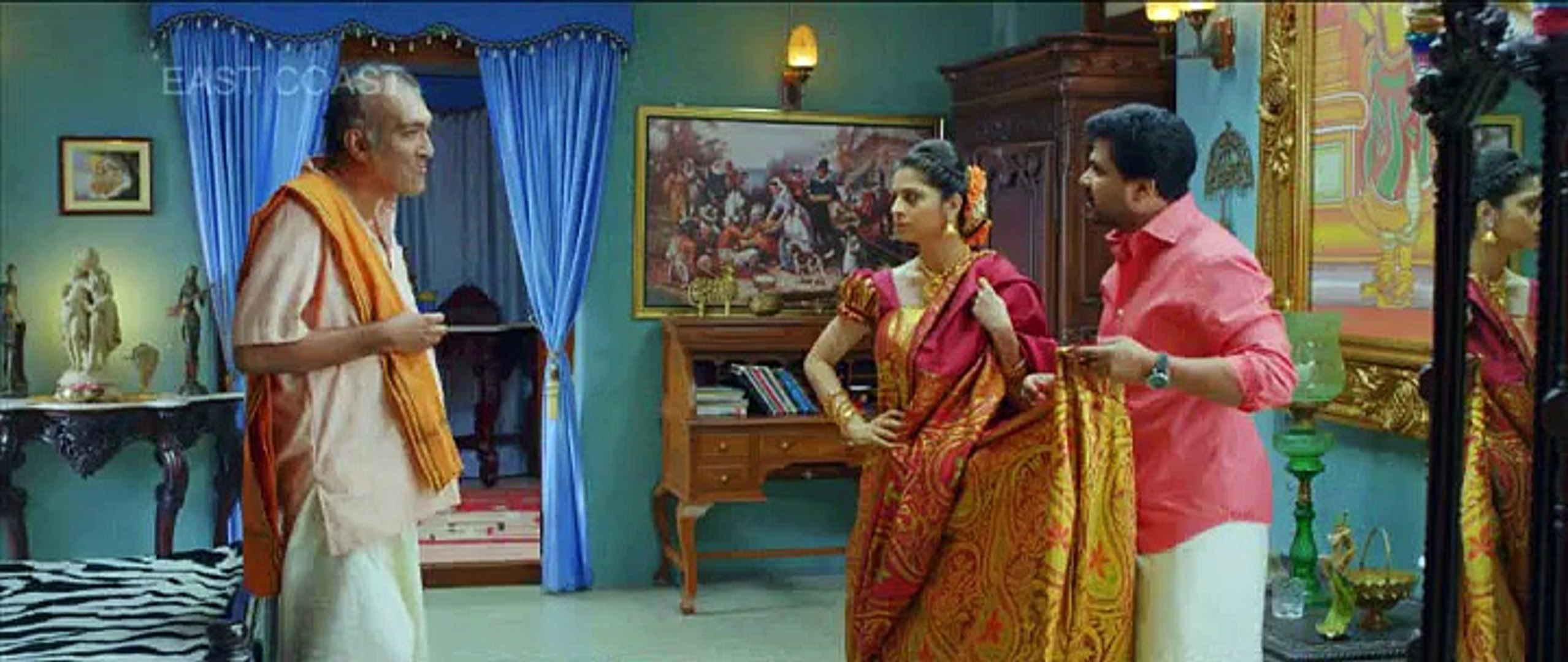 Vedhika Hot Dress Changing Scene From Here Debut Malayalam Movie
