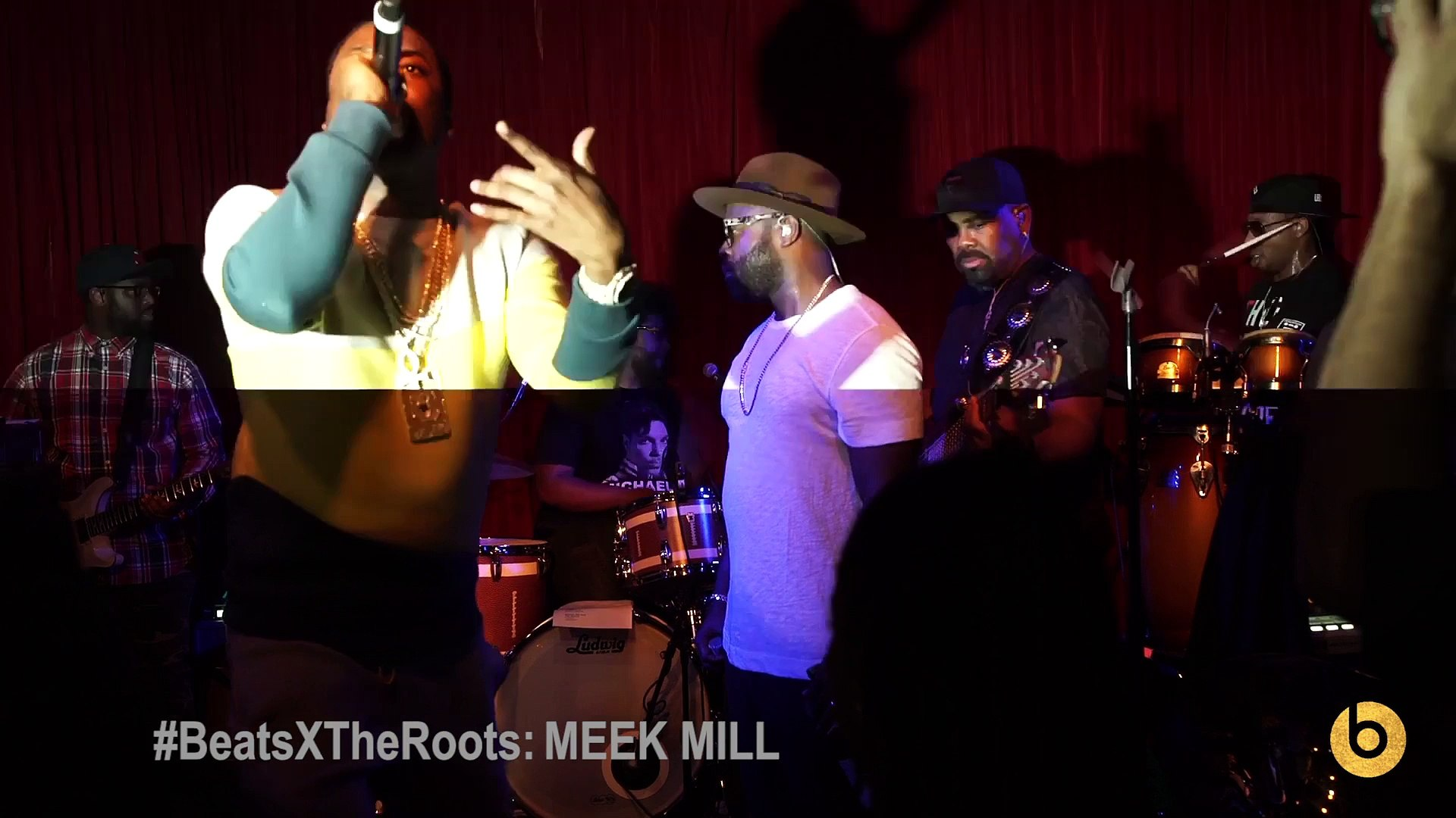 Meek Mill Performs With The Roots At Roots Jam Session 2015 - Watch Hip Hop Music Videos & New R