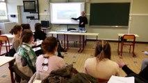 Arras : le lycée Guy-Mollet, seul du Pas-de-Calais où l'on enseigne la langue des signes