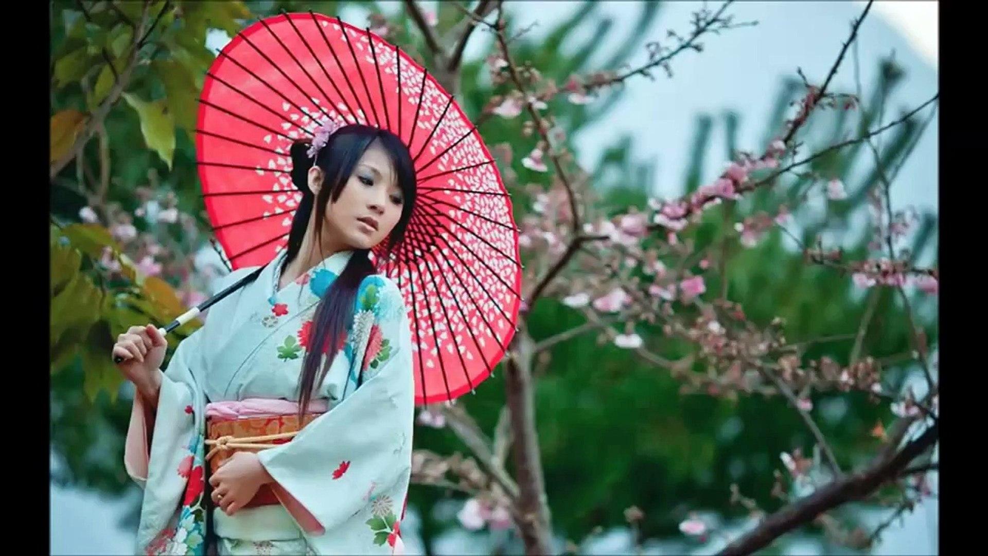 Japanese women  Fashion Show   usa Fashion   us Fashion Show   girls Fashion Show   nice show   roma