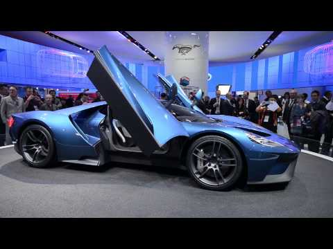 New Ford GT, 2005 Ford GT, Ford GT40 Walkaround – NAIAS 2015