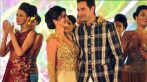 Sunny Leone And Rohit Verma Kisses On Stage.mp4