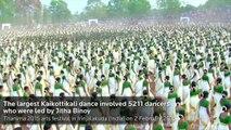 La danse des 5000 femmes en Inde