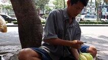 Stret Foods STREET FOOD VIETNAM  pound cake Banh Phong Lanh 2014