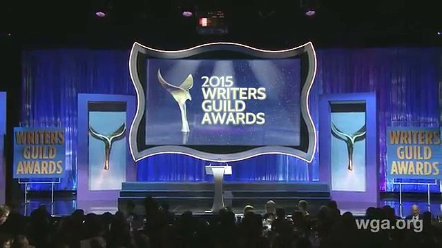 Lisa Kudrow Became the Writers Guild Awards Host in a Unanimous Vote | Cheryl Hines, Lisa Kudrow, Patricia