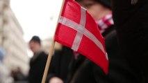 Rassemblement des socialistes devant l'ambassade du Danemark