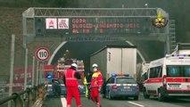Genova - A fuoco un'autovettura nella Galleria Risso dell'autostrada A26 (16.02.15)