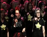 Su Pollard joins Rock Choir in Dancing in the Street at Indigo2 Rock concert for Living Paintings