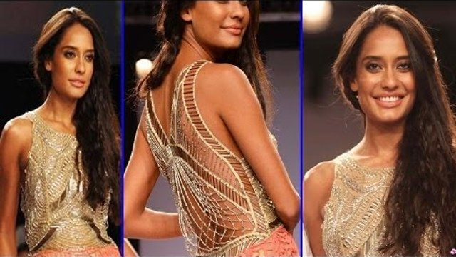 Lisa Haydon In Sexy Backless Dress On Ramp