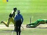 Stunning run out by AB de Villiers against Australia