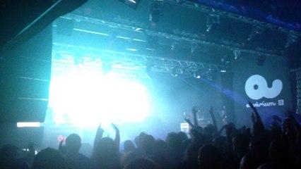 Noisia (NL) - Diplodocus [Kill the Noise Remix] (Noisia Invites: Budapest, Akvárium Klub 21.02.2015)
