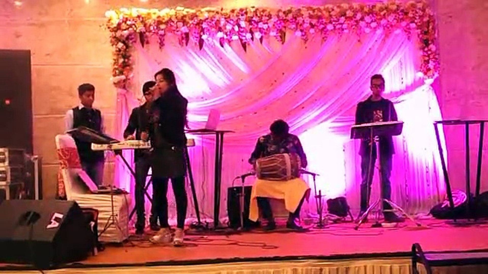 Book Punjabi Singer For Wedding Marriage Reception,Punjabi Female Singer For Ring Ceremony Sangeet F