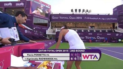 WTA Doha: Radwanska bt Pennetta (6-1 6-1)