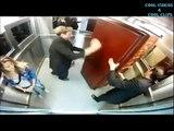 caméra caché Croiser un mort vivant dans un ascenseur
