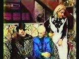 SIOUXSIE & THE BANSHEES – Siouxsie & Severin i/v ('X-RAY' show, MTV USA, 7 & 11 Nov 1988)