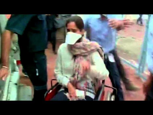 Sonam Kapoor OUT OF DANGER | SWINE FLU