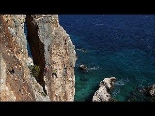 Le chemin des îles : Deep Water Solo - Extrait