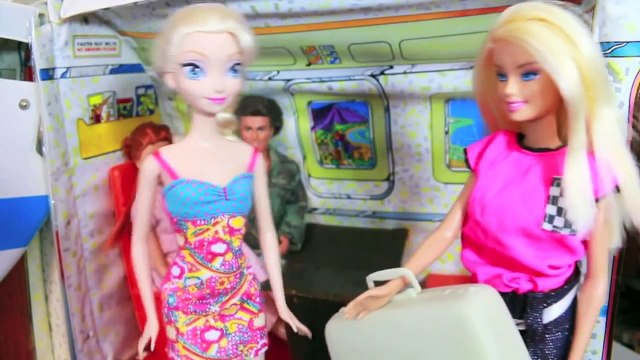 Frozen ELSA VACATION Barbie Airplane Day 1 Disney Parody Anna Barbie Ultimate House AllToyCollector