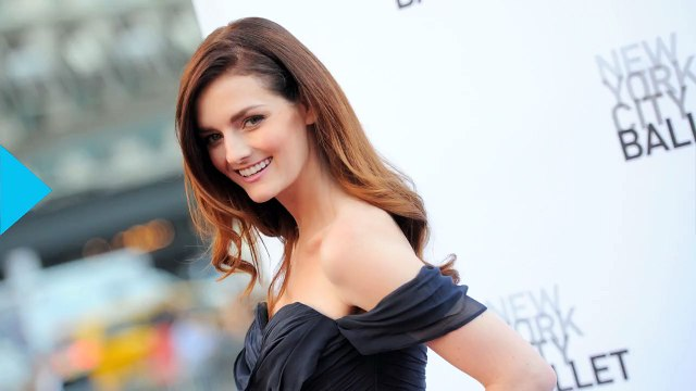 Lydia Hearst Gets Naked