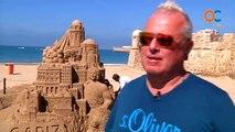 El arte de las esculturas de arena sobre la playa de La Caleta