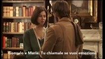 Gonzalo y Maria Gonzalo e  Maria  Gonzalo regala un ramo di mimosa a Maria