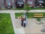 Comment casser une balançoire pour enfants