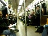 La musique de Mario Bros dans le métro