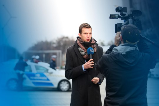 Watch the euronews live stream