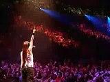 Avril Lavigne - Sk8er Boy LIVE