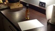 Comment ouvrir une bouteille de bière avec du papier