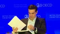 """Tsipras : la Grèce a un besoin """"vital"""" de restructurer sa dette"""