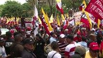 Simpatizantes fazem ato pró-Maduro em Caracas