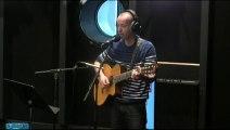 """""""Le petit hélico"""" : la nouvelle chanson de Frédéric Fromet #AnnuleTout"""