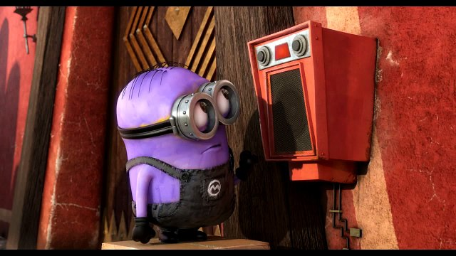 Despicable Me 2 -Dave Learns a New Language - Minions