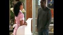 """[Celebridade] - 47- """"Desvendando Laura"""" - Maria Clara fala de sua desconfiança sobre Laura para Eliete / Laura termina namoro com Bruno (VACILO 5)"""