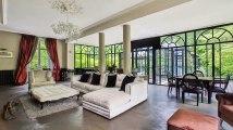 A vendre - maison - MARNES LA COQUETTE (92430) - 12 pièces - 1 300m²