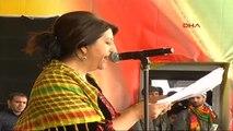 Diyarbakır'da Nevruz Coşkusu Ek Milletvekili Pervin Buldan Öcalan'ın Nevruz Mesajını Kürtçe Okudu -2