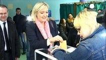 Γαλλία: Ο Σαρκοζί σταμάτησε την προέλαση της Λε Πεν στις περιφερειακές εκλογές
