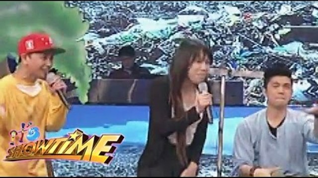 Jhong shows off his rap skills on It's Showtime