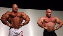PHIL HEATH, BRANCH WARREN AND RONNIE COLEMAN POSING - Bodybuilding Muscle Fitness