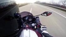 Course folle entre une Golf MK1 et une moto Yamaha R1